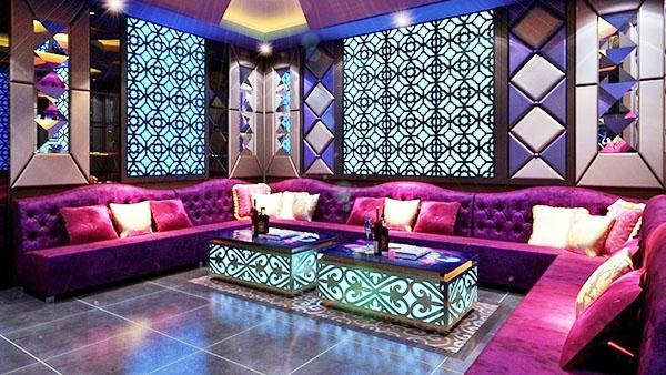 sofa karaoke 004